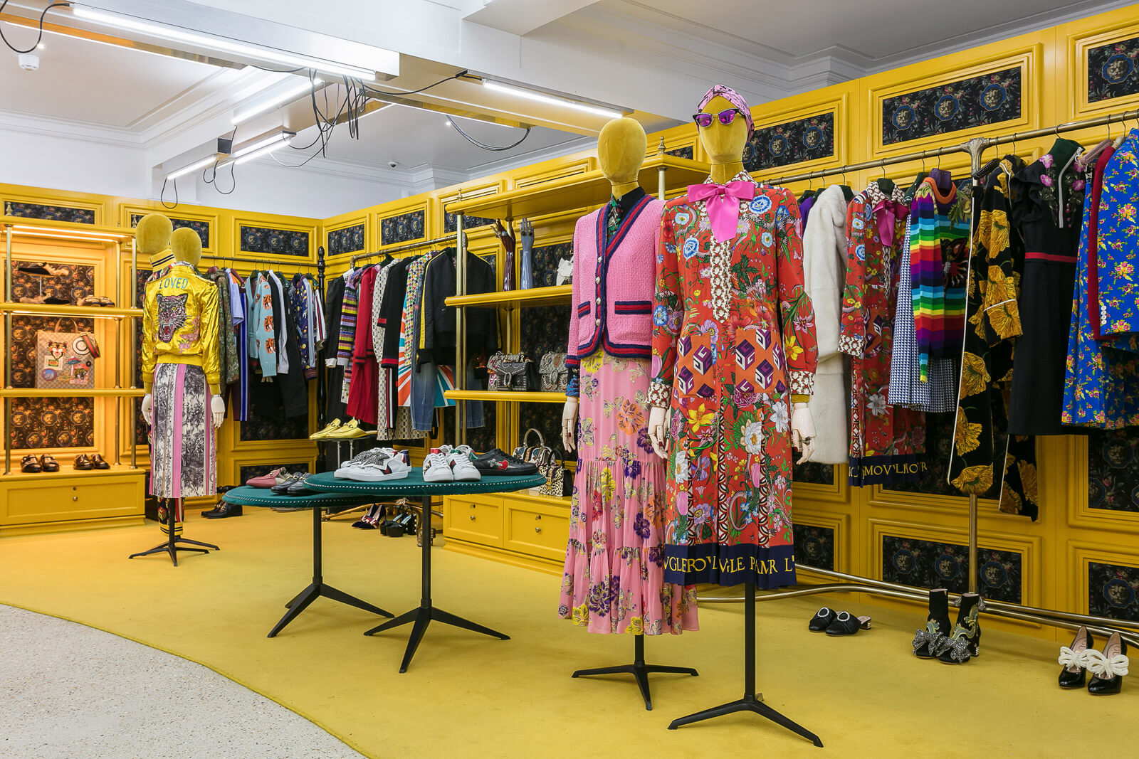 Gucci at dover street market london brand growth inspiration for Buro shop concept