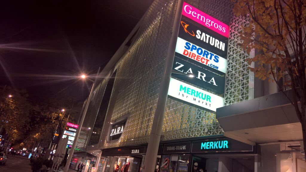 Gerngross Shopping Center, European brand retail