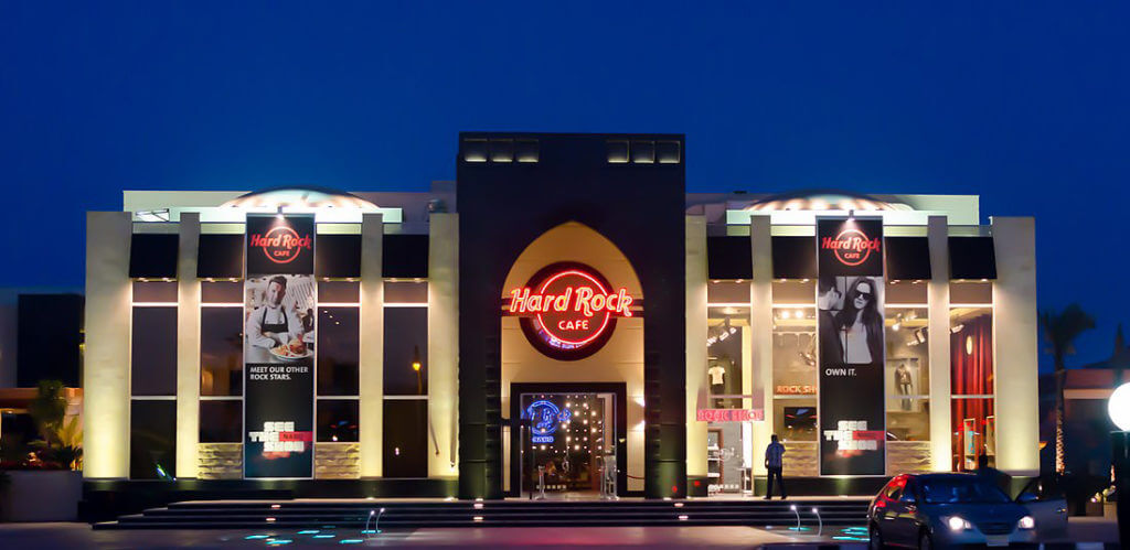 Local Customization at Hard Rock Cafe Sinai