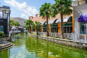 <em>Cancun Downtown, Brand Distribution Mexico (Photo: M. Michelle)</em>