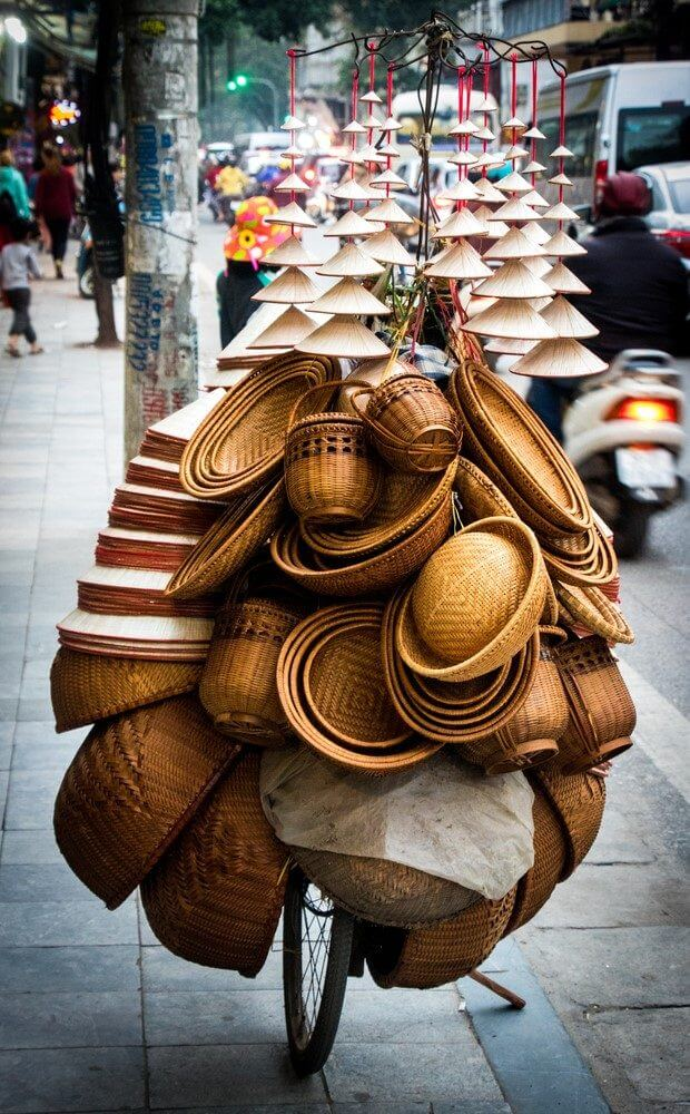 Hats distributon in Vietnam Photo: shutterstock_556103542